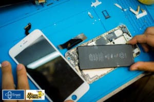 Fast iPhone battery replacement